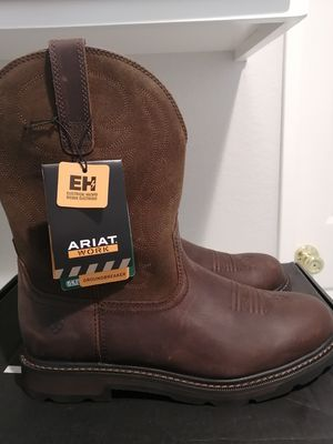 Brand new Ariat work boots for men. Size 11. Soft toe for Sale in Riverside, CA