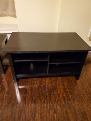 Desk, drawers, TV stand, and coffee table. for Sale in Cudahy, CA
