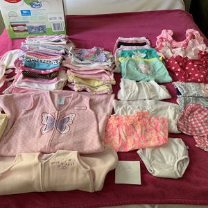 LOT OF BABY GIRL CLOTHES 0-12 Months for Sale in Fort Lauderdale, FL