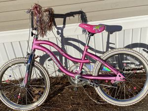 Girls bike moving can't take for Sale in Shirley, MA