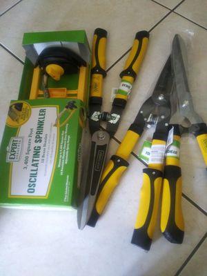 New Oscillating Sprinklers or Garden Hedge Shear $5 each for Sale in Pompano Beach, FL