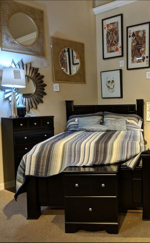 Shay Black Poster Bedroom Set for Sale in Silver Spring, MD