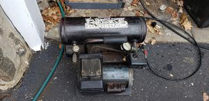Used Cambell Hausfield twin cylinder compressor good condition for Sale in Drexel Hill, PA