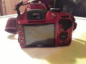 Nikon D3300 camera, lens, sdhc cards for Sale in Wichita, KS