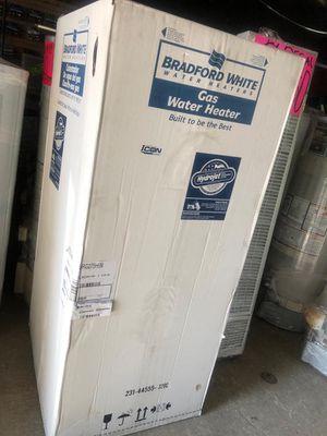 Water heater 75 galones 6 años de garantía for Sale in Vernon, CA