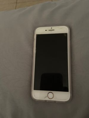 iPhone 6S and cases (3) for Sale in Homestead, FL