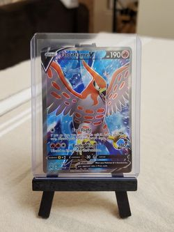 Talonflame V Full Art Pokemon Vivid Voltage for Sale in Everett,  WA