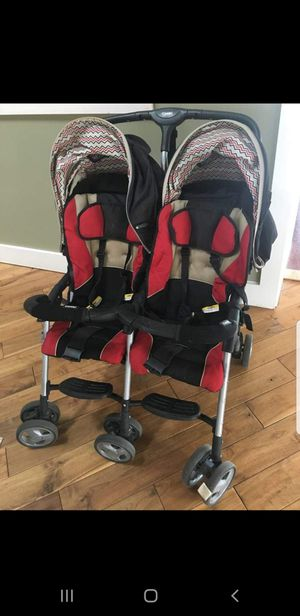 Double Stroller & Car Seat for Sale in Mount Oliver, PA
