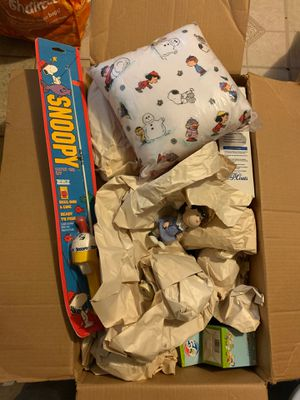 Box full of Snoopy collectible items BRAND NEW for Sale in Jersey City, NJ