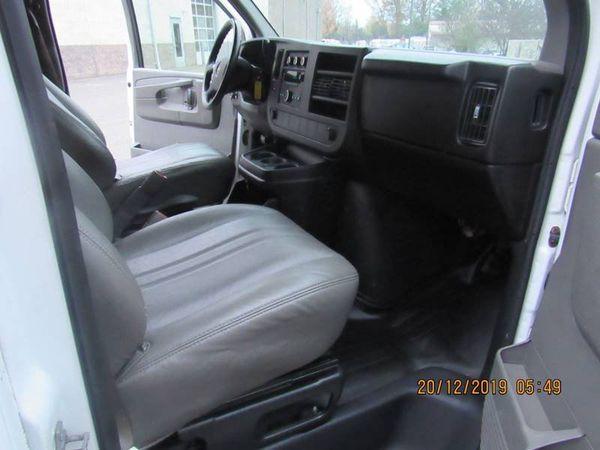 2008 GMC Savana Cargo Van