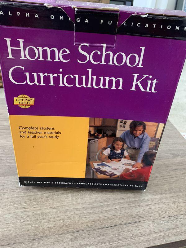 Alpha Omega Homeschool ART Kit