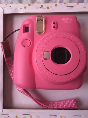 Instax mini 9 camera for Sale in Tampa, FL
