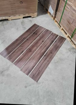 Luxury vinyl flooring!!! Only .88 cents a sq ft!! Liquidation close out! 40QB for Sale in La Puente,  CA