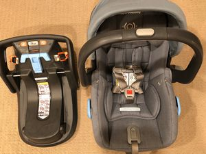 Uppababy Mesa Car Seat — Henry Blue Marl for Sale in Palo Alto, CA