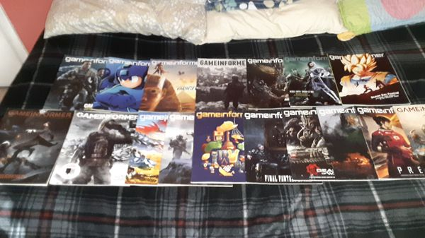 """A whole bunch of """"GAMEINFORMER"""" Magazines"""