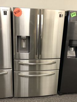 Samsung 4 Door French Door Refrigerator for Sale in Mansfield,  TX