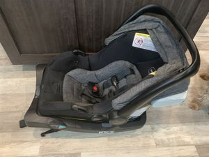 BABY CAR SEAT for Sale in Midland, TX