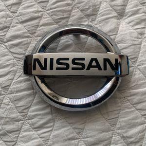 Nissan Altima Grill Logo 16,17,18 for Sale in Riverside, CA