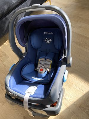 Uppababy Mesa Car Seat + JJ Cole BundleMe for Sale in Temple Hills, MD