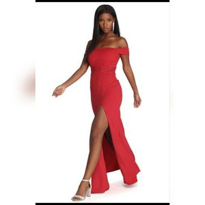 Red off the shoulder prom dress for Sale in Bakersfield, CA