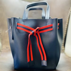 Leather Tote Bag for Sale in Los Angeles, CA