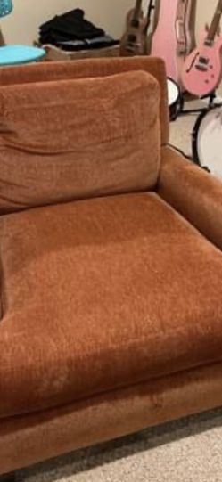 Oversized Chair for Sale in Nokesville,  VA