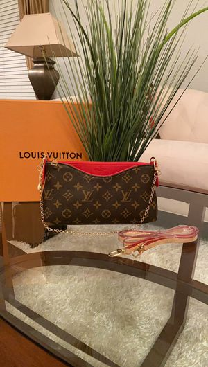 Small bags $100 for Sale in Orlando, FL