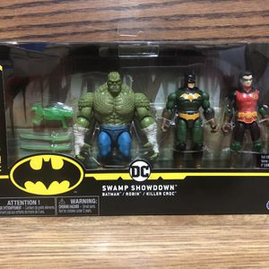 Batman Swamp Show Down Action Figure Set for Sale in Sloan, NV