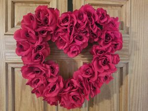 "Shabby Red Rose 17 "" Wreath for Sale in Gilbert, AZ"