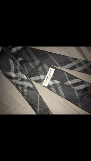 Burberry tie for Sale in Beverly Hills, CA