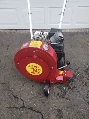 Giant Vac leaf blower for Sale in Newington, CT