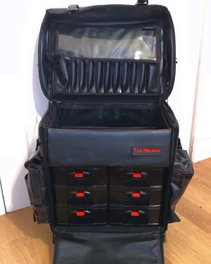 Makeup Case with Wheels for Sale in Miami, FL