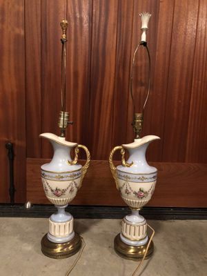 Royal China Tabletop lamps for Sale in Bellevue, WA