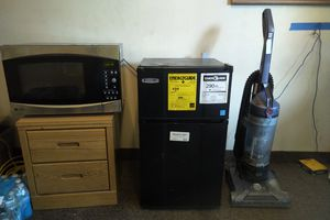 Mini fridge freezer for Sale in Norfolk, VA
