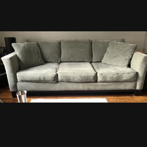 Macy's Couch (curbside delivery included) for Sale in Elmwood Park, NJ