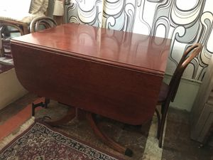 Antique drop leaf table for Sale in San Diego, CA