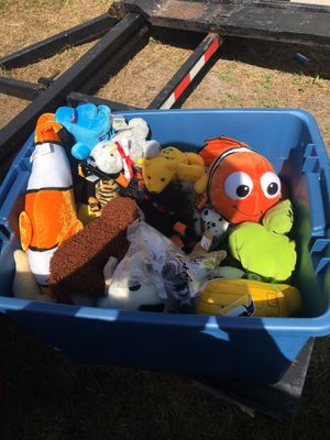 BIN FILLED WITH PLUSHIES AND TEDDY BEARS for Sale in Kissimmee, FL