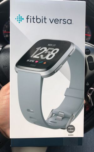 Fitbit Versa for Sale in Orlando, FL