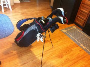 AVT golf clubs and bag for Sale in New England, WV