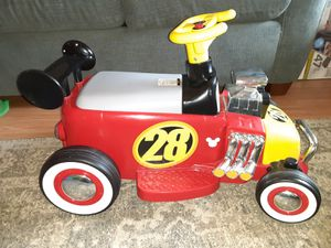 Mickey Mouse battery powered ride on for Sale in Troutdale, OR