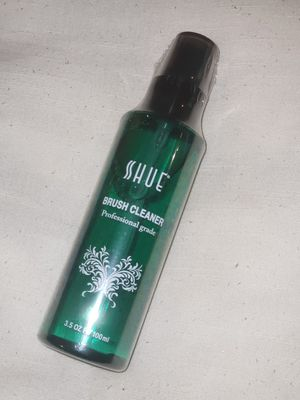 Brush cleaner & makeup remover for Sale in Pico Rivera, CA