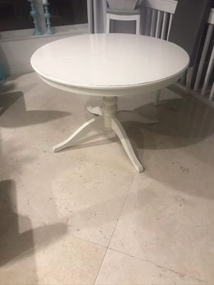 Table IKEA for Sale in Boca Raton, FL