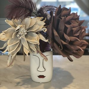 Ceramic Vase for Sale in Los Angeles, CA