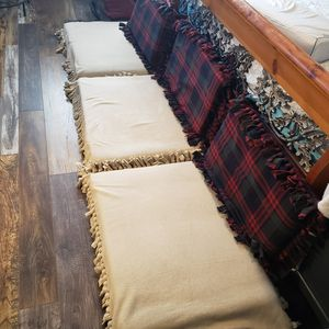 6 RV Couch Cushions for Sale in Las Vegas, NV