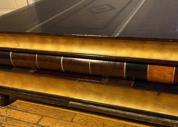 Vintage Leather Bound Stacked Books Coffee Table for Sale in Sterling Heights,  MI