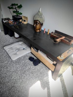 Table for Sale in Irvine, CA
