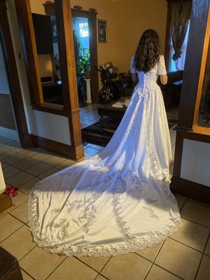 Beautiful wedding dress!!! for Sale in HOFFMAN EST, IL