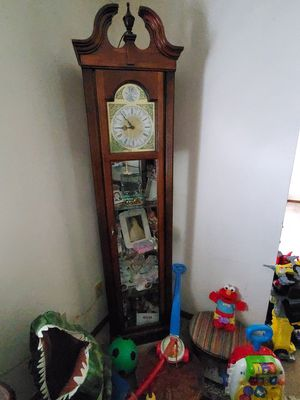 Clock light up cabnet with 4 glass shelves for Sale in Fort Wayne, IN