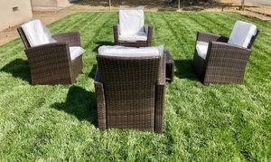 Patio furniture set for Sale in Fontana, CA