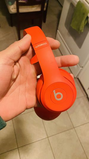 Beats Solo 3's for Sale in Manchester, CT